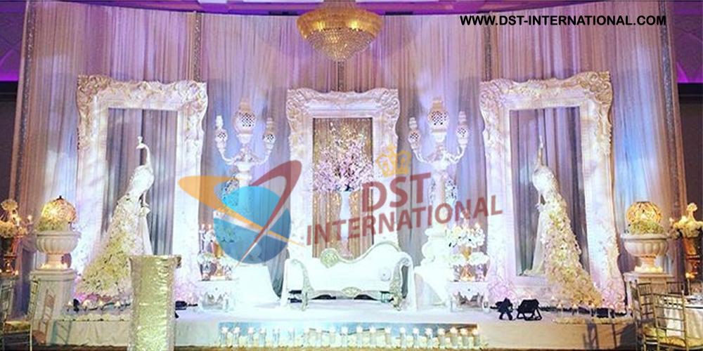 Wedding Large Clic Frames Stage