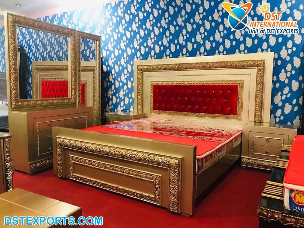 Golden Antique King Size Bedroom Furniture Dst International